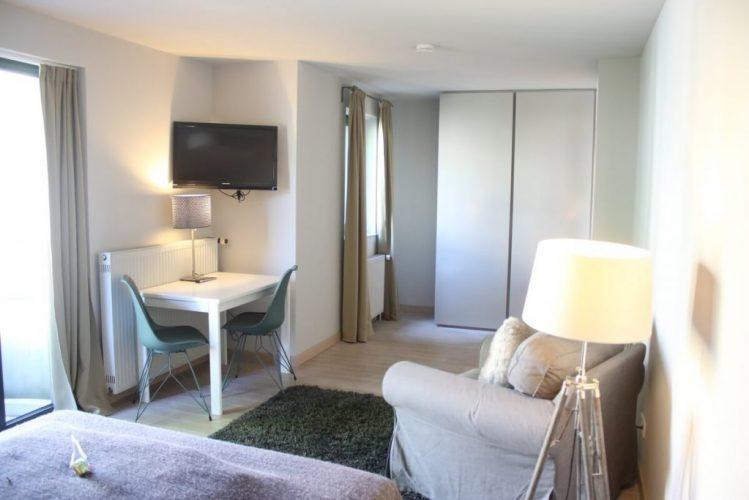 Zimmer Apartment Frankfurt